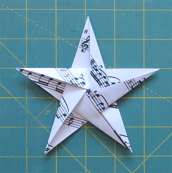 Origami Violin (Gen Hagiwara) and Violin Bow (Paulius Mielinis ... | 554x550